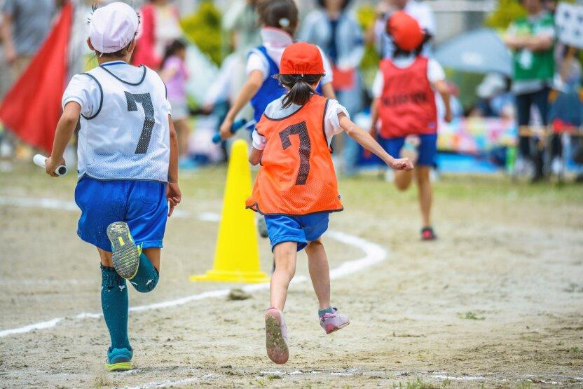 Поворот не туда: 9-летний мальчик случайно выиграл 10-километровый забег, перепутав повороты