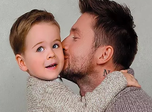 Дочь и сын Сергея Лазарева удивительно похожи
