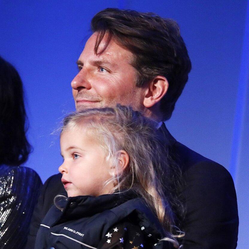 Брэдли Купер сводил дочку на первое публичное мероприятие