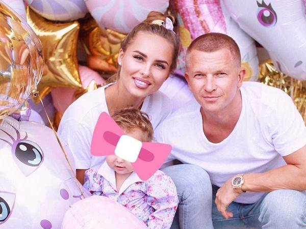 Ханна умилила подписчиков совместным фото с дочкой