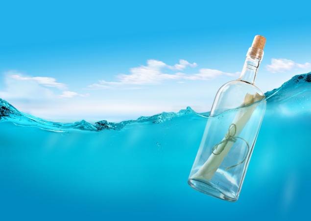 Американский школьник запустил в океан бутылку с запиской и получил ответ спустя 9 лет