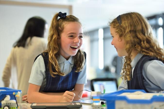 Госдума утвердила новые правила зачисления детей в школы и сады