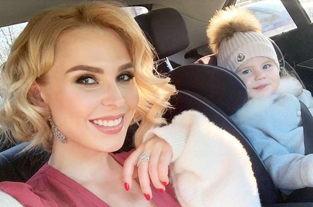 Пелагея с дочкой умилили своих подписчиков в Instagram нежным видео