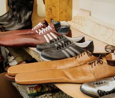 Соблюдать социальную дистанцию поможет особая обувь