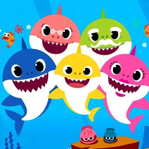 Танцевальный хит про акуленка исполнил симфонический оркестр! Смотрите, что из этого вышло